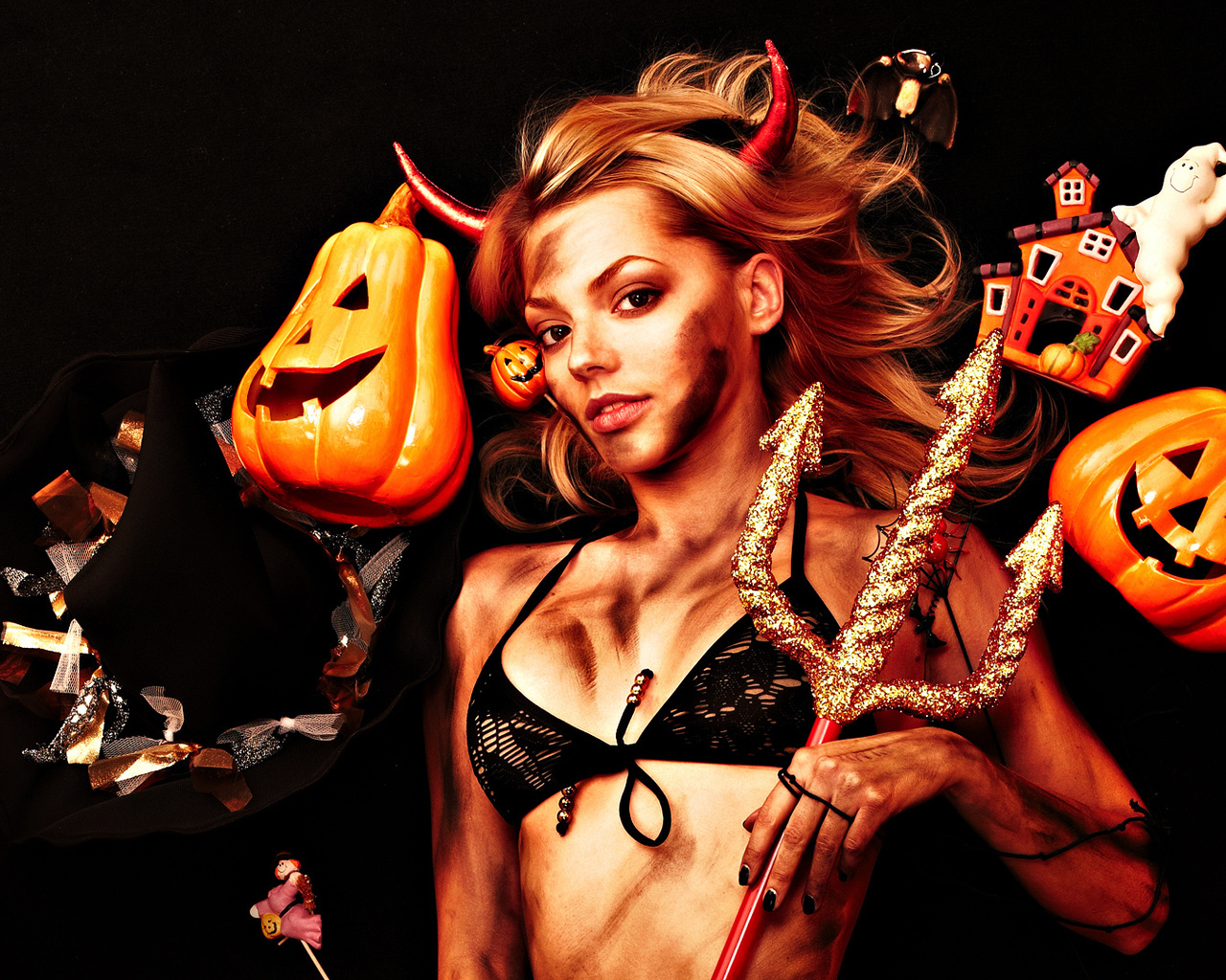 Adult halloween wallpaper naked gallery
