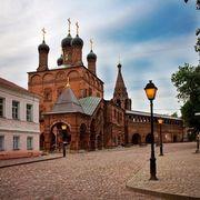 10 пешеходных улиц Москвы: территория комфорта