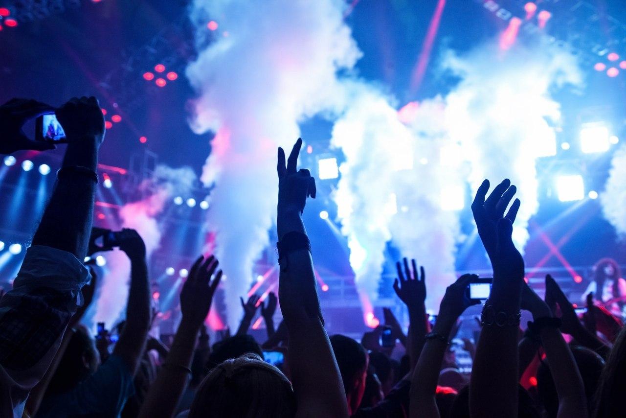 Музыка на новый год для молодежи