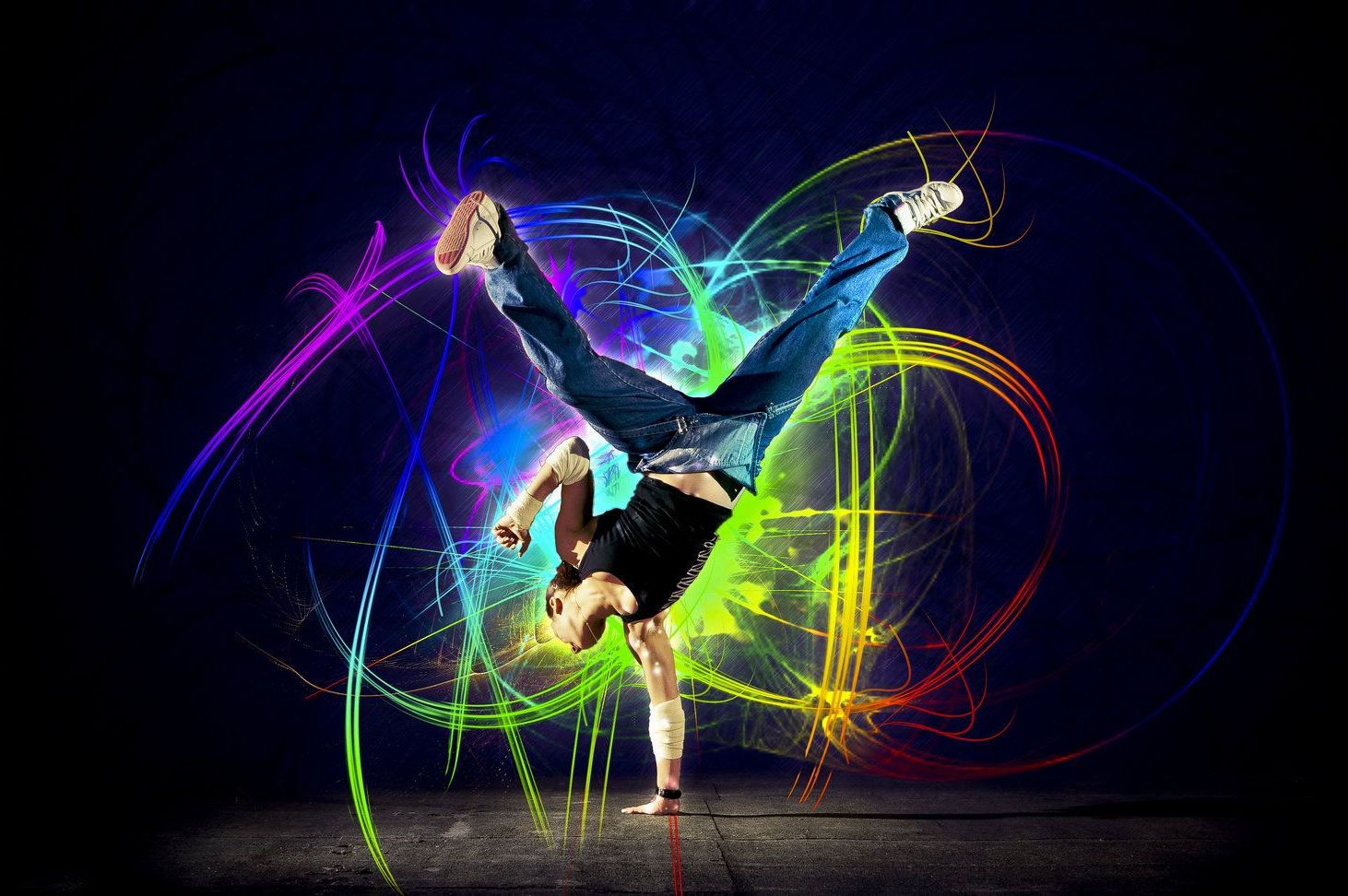 ширмы яркие картинки с танцами большей части