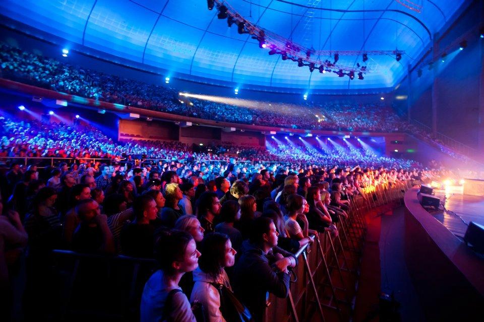 при картинка концертного зала крокус сити холл техники