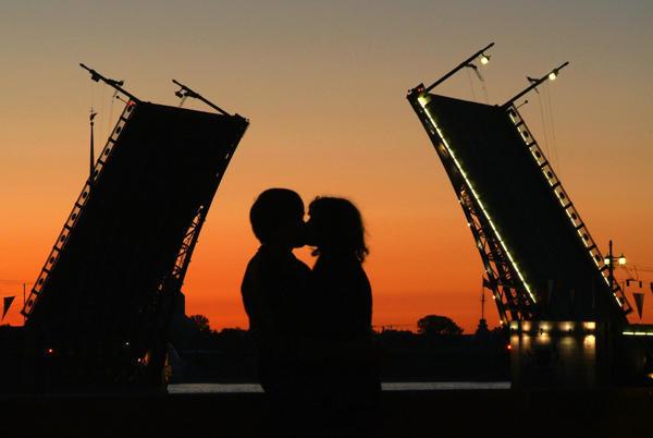 Знакомства пар в питере фото 791-740