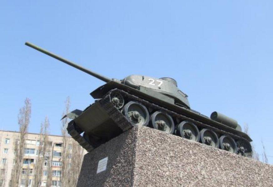 Памятник воронеж купить танкистам цена на памятники в гомеле у официального производителя