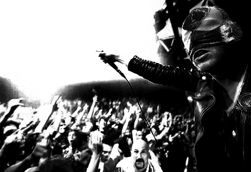 Фото №4 — Концерт The Bloody Beetroots