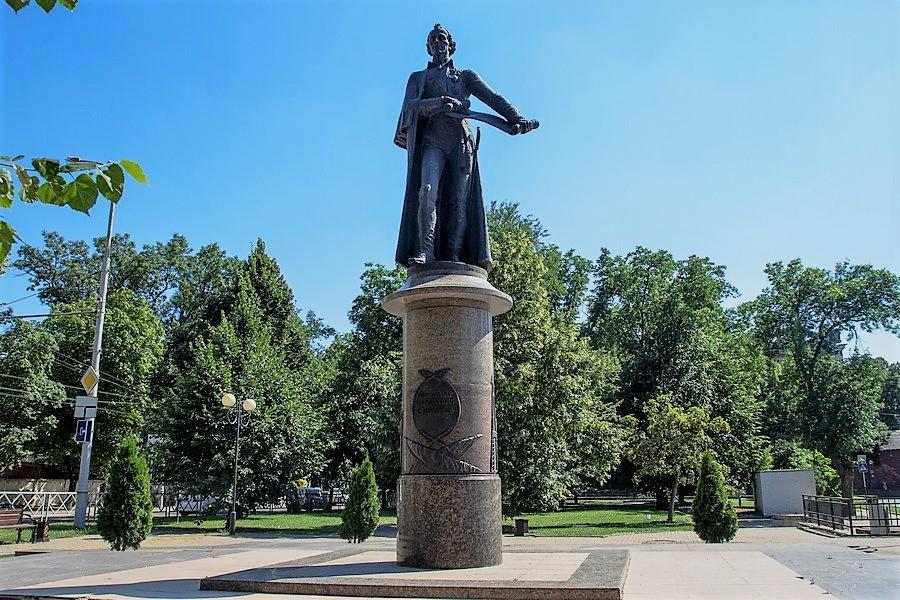 Цены на памятники в краснодаре 9 мая 2018 изготовление памятников в пензе томске