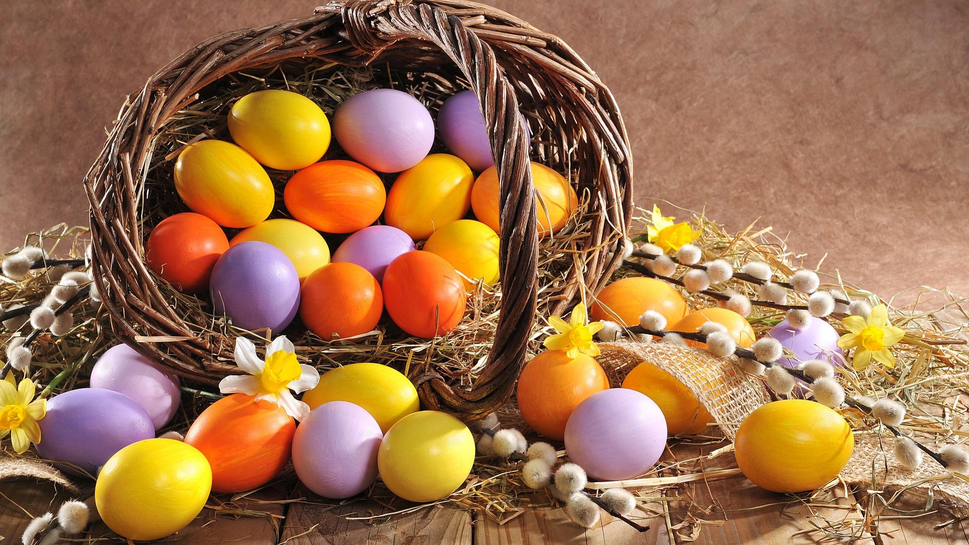 Ажурная окраска яиц к Пасхе