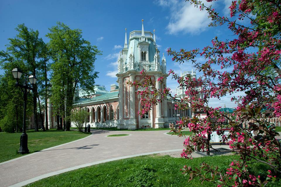 третьей красивое место для фото весной москва круг