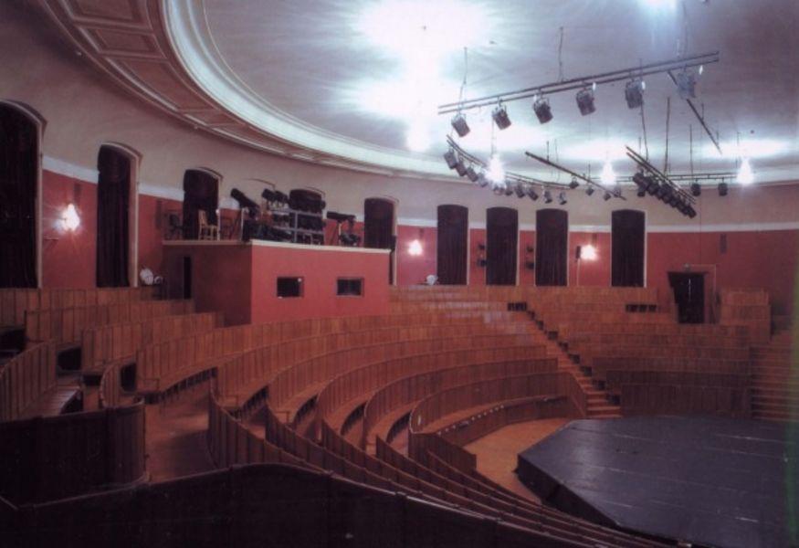 Спб афиша театра на моховой на воронеж афиша театр оперы