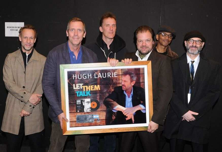 Фото №12 — Концерт Hugh Laurie & The Copper Botton Band