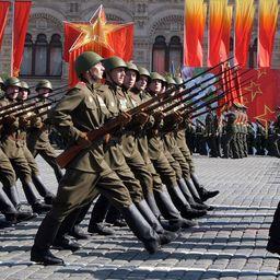На время предпраздничных репетиций парада Победы перекроют центр столицы