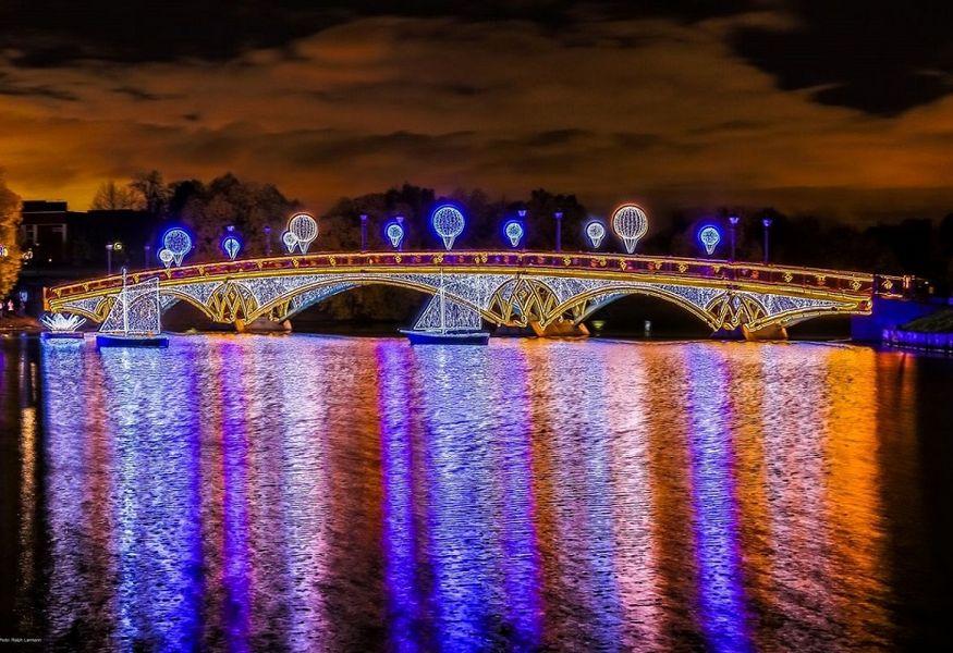 Купить билеты на световое шоу в москве 24 сентября 2016 афиша спектаклей в иркутске