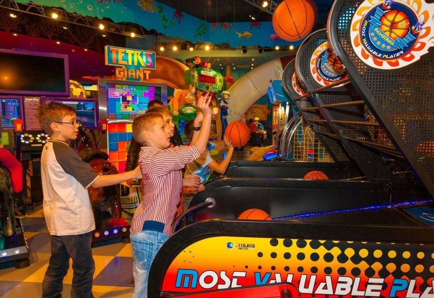 Казино и разввлекательные центры москвы презентация на урок-игру интелектуальное казино