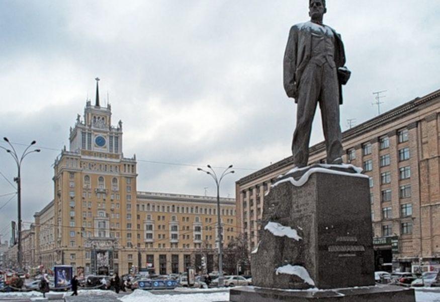 Памятники в москве адреса 2018 камень для памятники цена астана