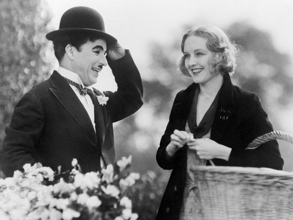 Кадр из фильма «Огни большого города» 1931г.