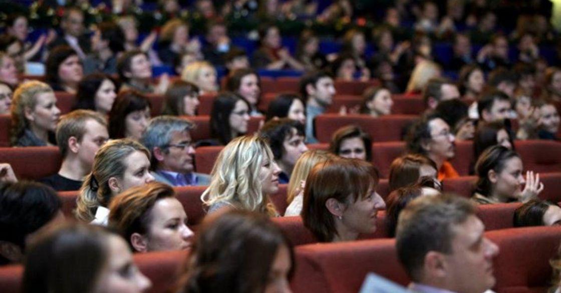 Фильмы на английском языке онлайн бесплатно с русскими и