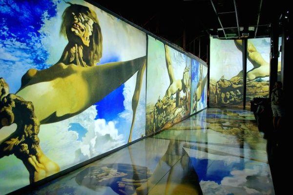 Выставка «Дали – Живые полотна»
