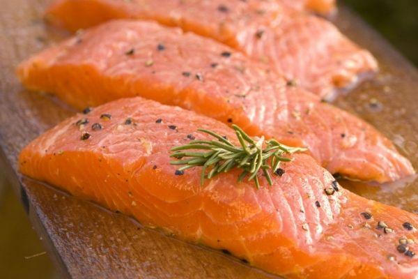 Вместо норвежского лосося на прилавках могут появиться мурманские ежи