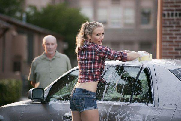 «Помой машину!» – в Москве стартует месяц чистых автомобилей