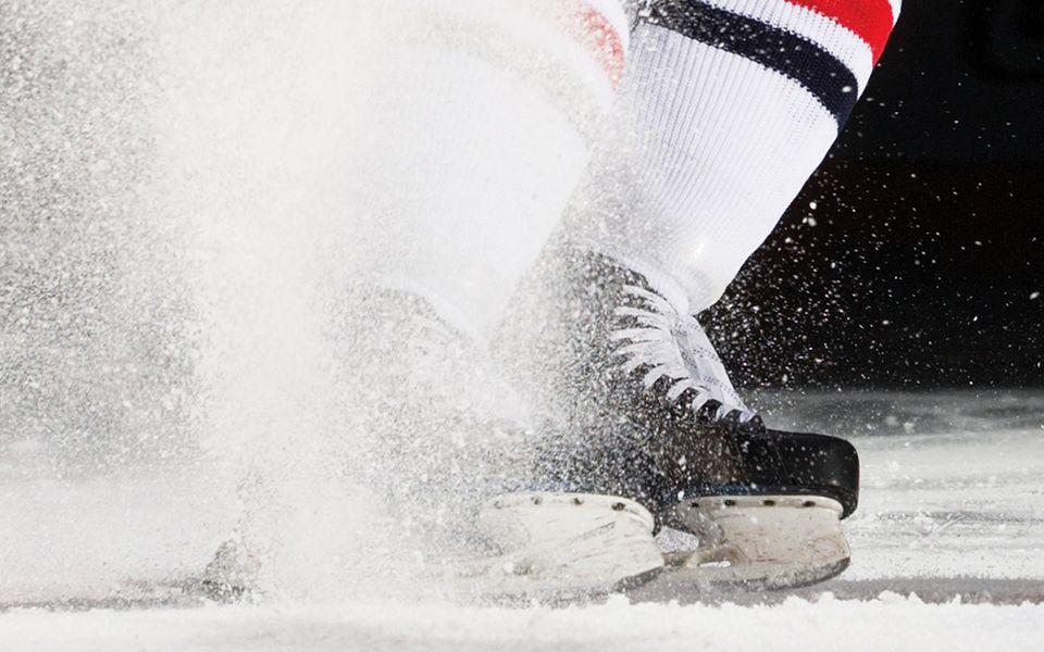 коньки для хоккея