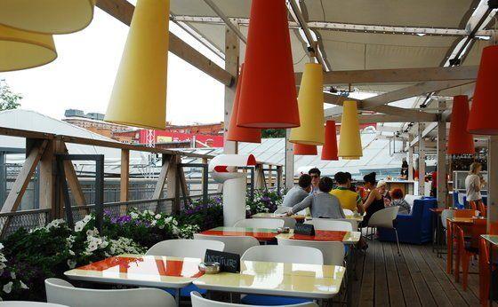В каких кафе, барах и ресторанах Москвы можно курить?