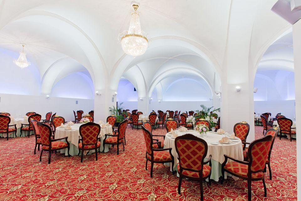 характеристика гостиницы метрополь