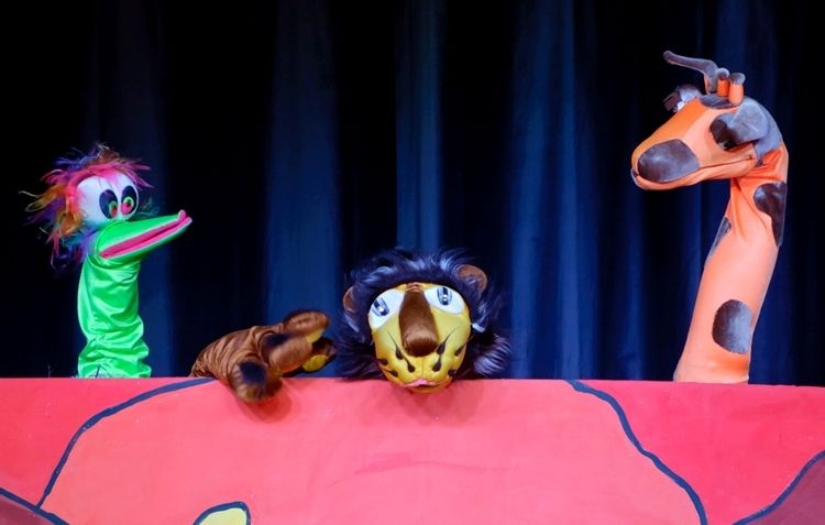 Кукольный спектакль «Веселый зоосад»