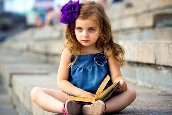 Праздник «Знают книжные страницы, как поймать перо Жар-птицы!»