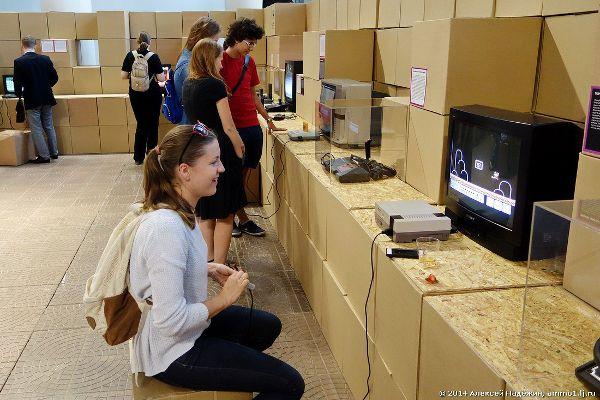 Выставка электроигр на ВДНХ