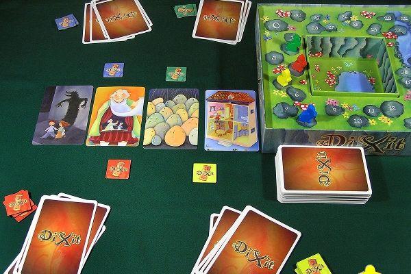 Игра «Диксит»