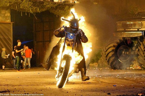 Фестиваль уличных театров «Вселенский фестиваль огня»