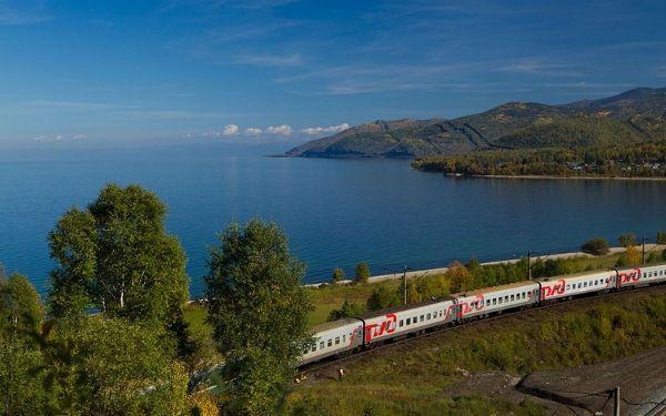 Выставка «Россия из окна поезда»
